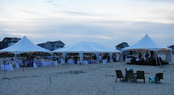 800x800 1396381510907 3 tents beach weddin
