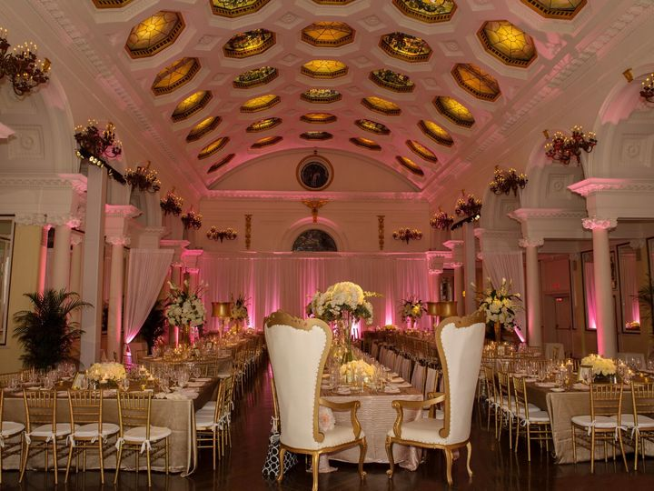 Tmx 1518113229 C3269b839a885580 1518113227 70dbec72eec1c3fa 1518113223497 1 1 Saratoga Springs, NY wedding planner