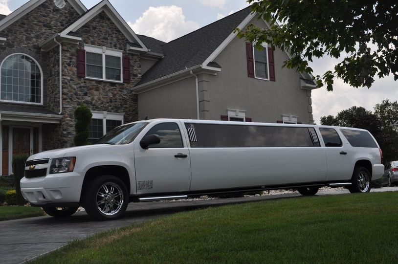 First Class Luxury Limos