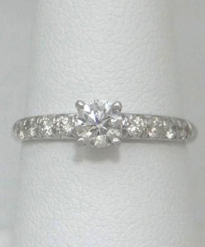 Simple thin band ring