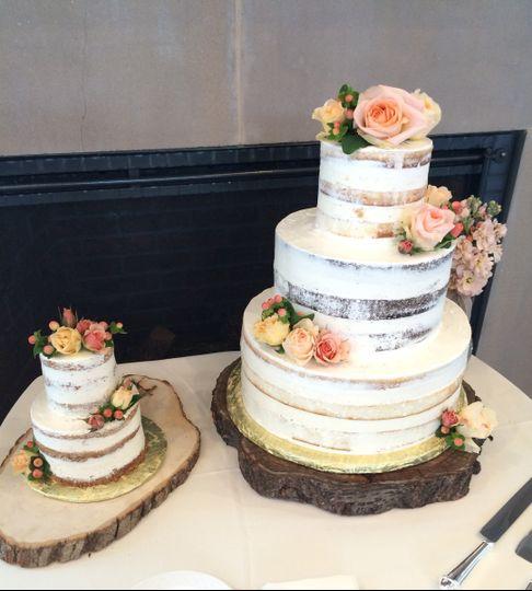peace of cake wedding cake stevensville md weddingwire. Black Bedroom Furniture Sets. Home Design Ideas