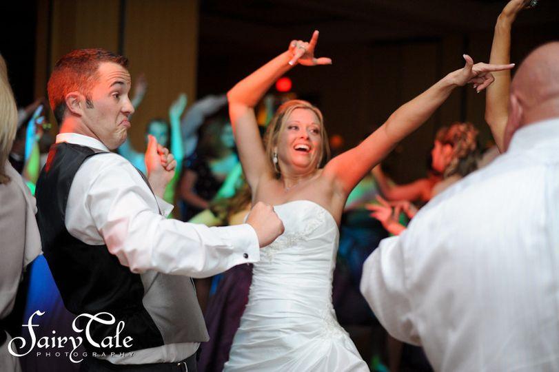 Dallas Wedding DJ's -Loving the music.
