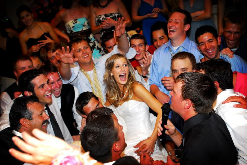 Dallas Wedding DJ's -And the crowd goes wild.
