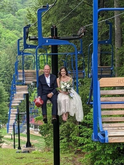 Bride & Father Ride Lift
