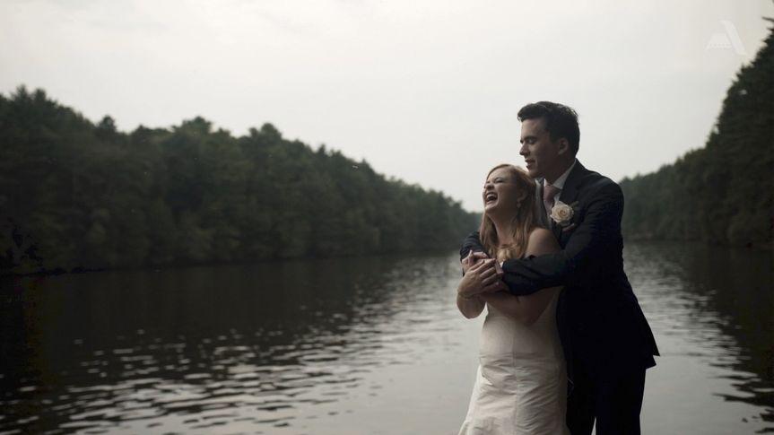Wisconsin Dells Wedding - Lakeside Lovers
