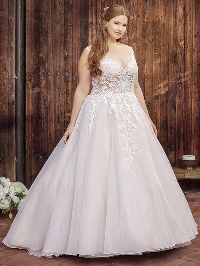 The Curvy Bride Boutique Dress Attire Tulsa Ok Weddingwire