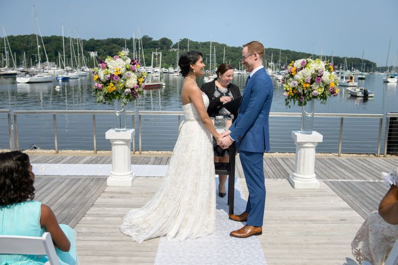 A sunny and picturesque ceremony on Huntington Harbor
