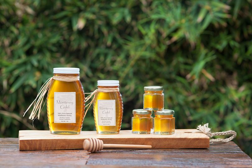 Monterey Gold Honey is available in 1 lb, 1/2 lb, and gift (2.8 oz) sizes....