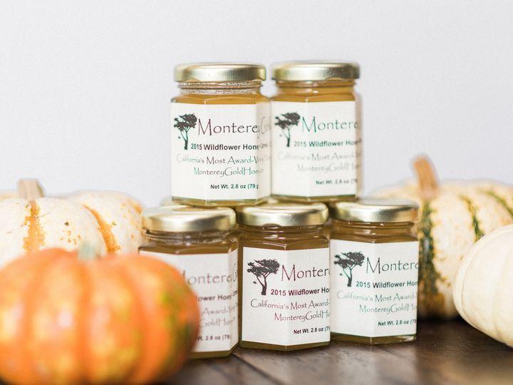 Monterey Gold Honey 2.8 oz jars are the sweetest wedding favor!  Photo: Jecka & Co.
