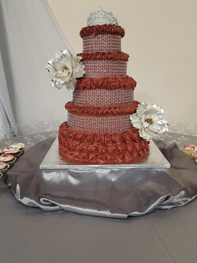 Five tier cake with sparkles