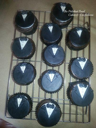 Tuxedo cupcake toppers