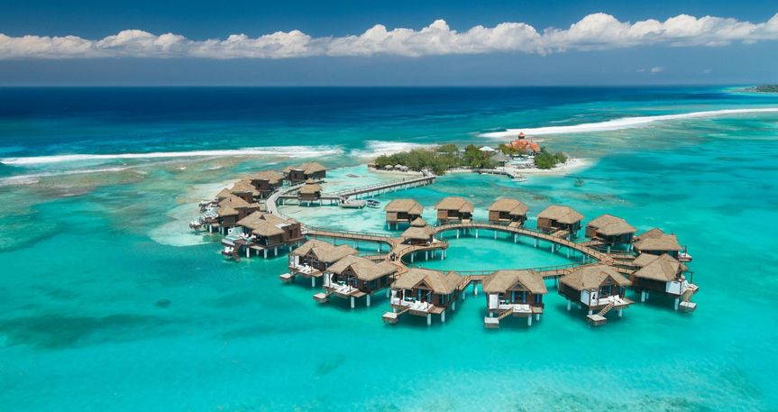 aerial over the water suites 51 1861119 158069822172617