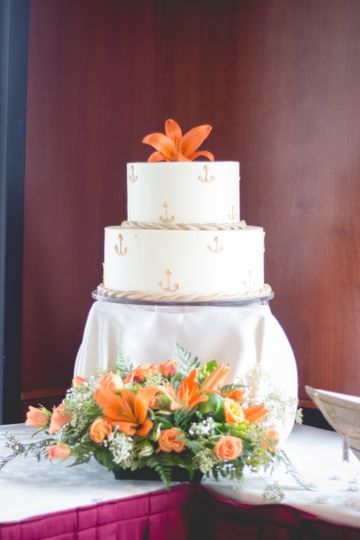 2 layer wedding cake