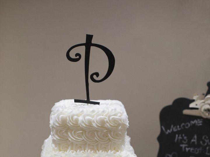 Tmx 1452798652783 3 Tier W Rosettes Tonganoxie, KS wedding catering