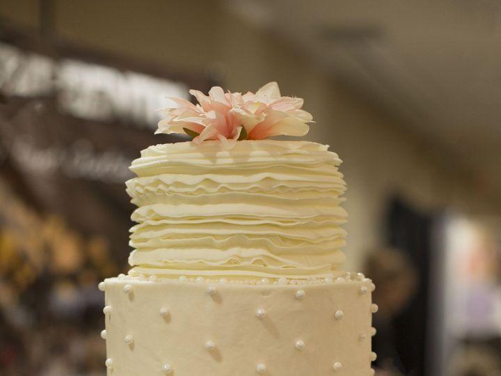 Tmx 1452798700939 3 Tier W Rustic Ruffle Ii Tonganoxie wedding catering