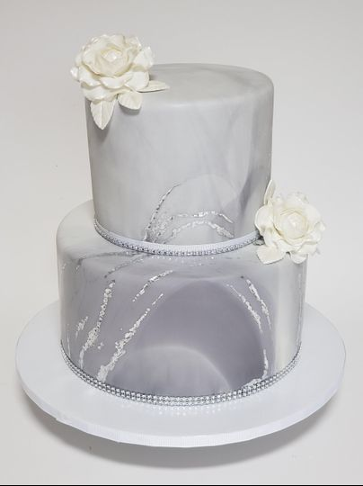Fondant marble and flowers