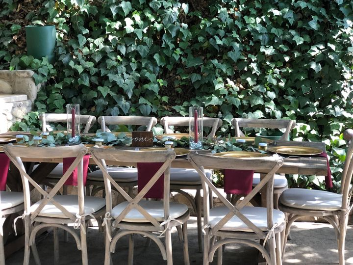 Ivy elements for an outdoor reception