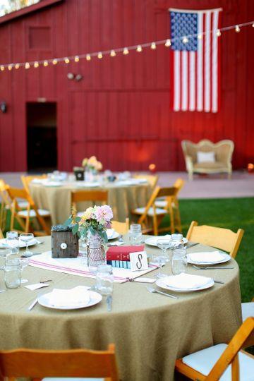 Vineyard wedding reception & table decor