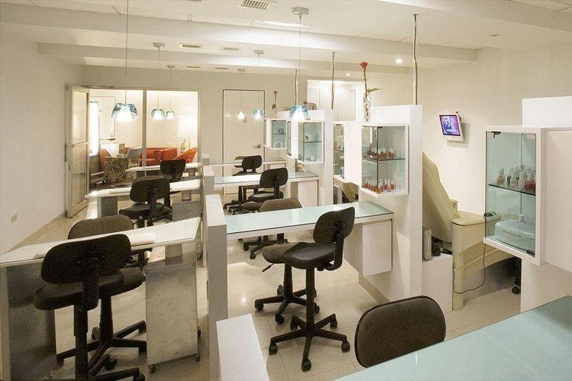 Manicure/Pedicure Area