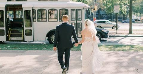 bride and groom 51 447119 158523502845018