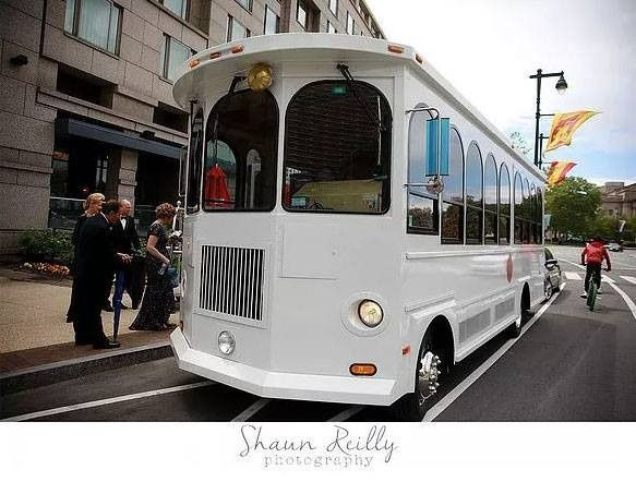 Tmx 23 Passenger 51 447119 1573226728 Philadelphia, Pennsylvania wedding transportation