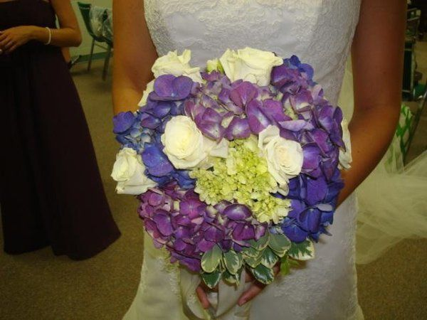 Bridal Bouquet of Hydrangas and Roses