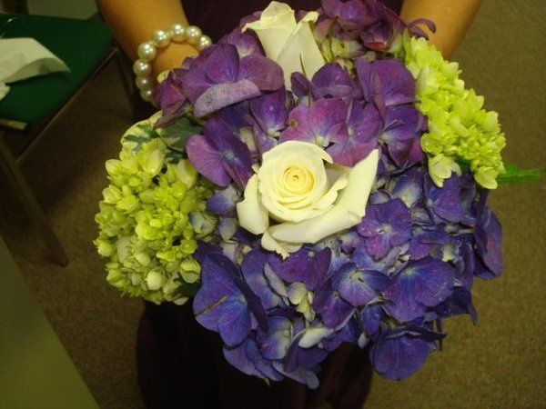 Bridesmaids Bouquet Hydranga and Roses