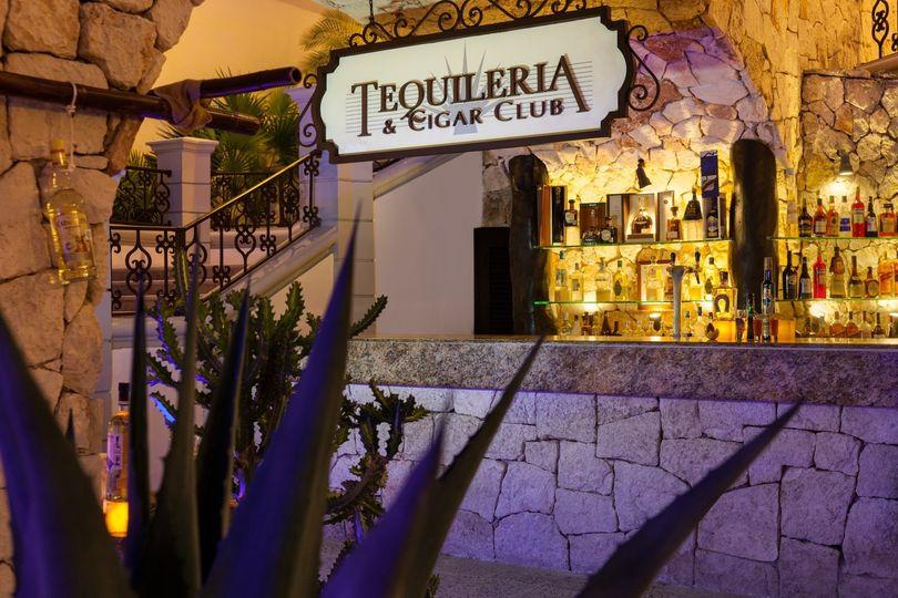 the royal playa del carmen tequileria 977125