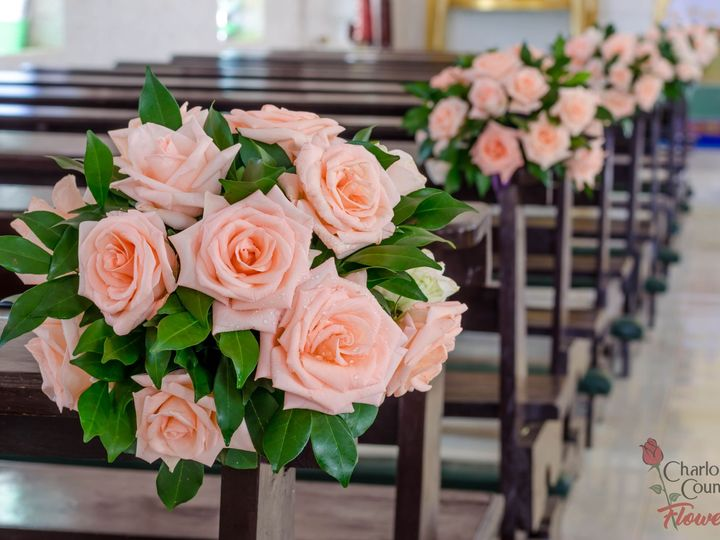 Tmx Church Pew 51 358119 157902352953705 Punta Gorda, FL wedding florist