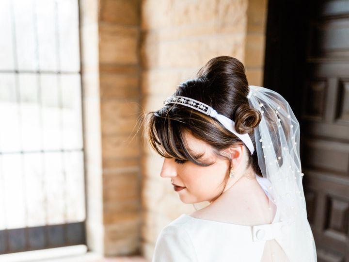 Tmx 04 Bride And Groom 83 51 700219 159133511474613 Stillwater, OK wedding beauty