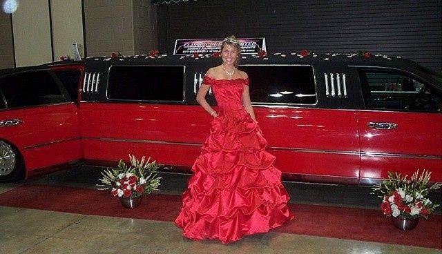 Tmx 1422482334830 Redblackstanding640x368 Alexis wedding