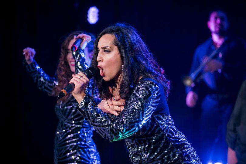 Zelina on vocals