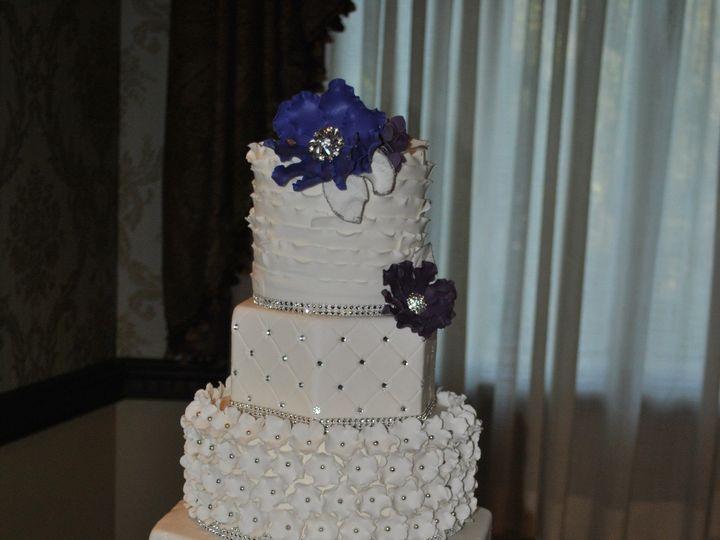 Tmx 1418070655441 Dsc0133 Johnston, Rhode Island wedding cake