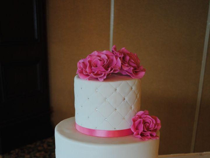 Tmx 1418072248395 Dsc0208 Johnston, Rhode Island wedding cake