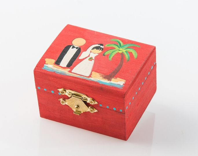 I Do! Box - This box is completely hand crafted by a Puerto Rican artist. It represents the I DO...