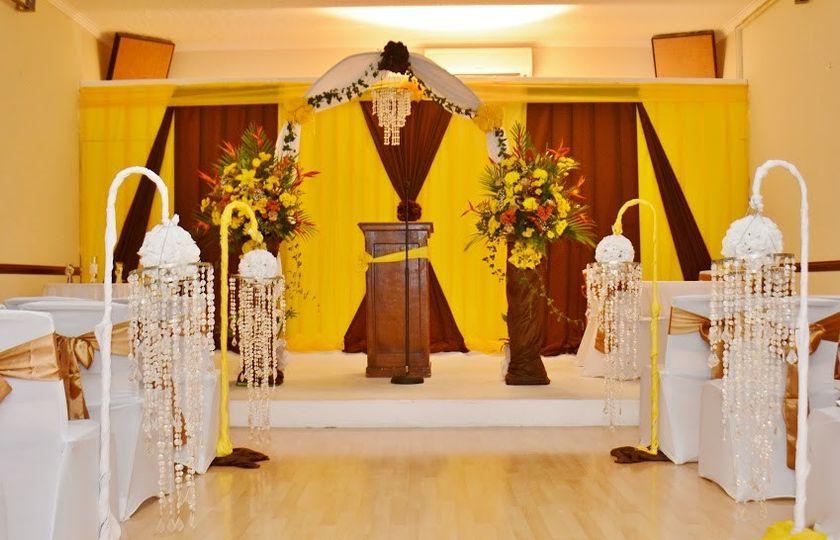 VICTORIA HOUSE EVENTS LTD decor dsc9369 & VICTORIA HOUSE EVENTS LTD - Venue - James Hill JM - WeddingWire