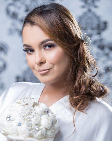 Bridal makeup proppposal