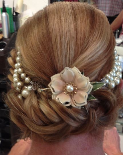 Bridal updo and hairpiece
