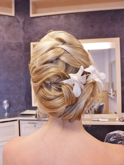 Bride's updo with flowers