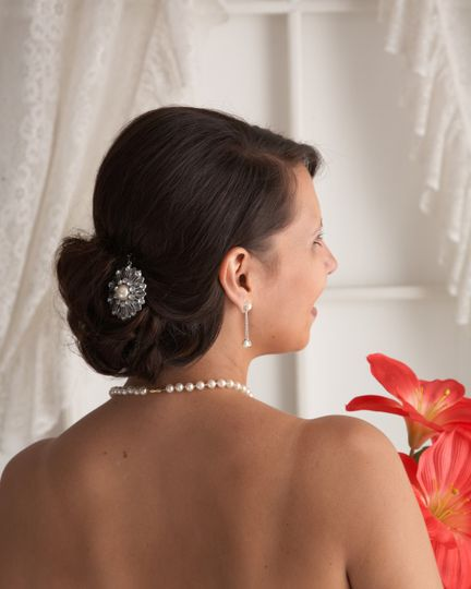 Elegant updo and hairpin