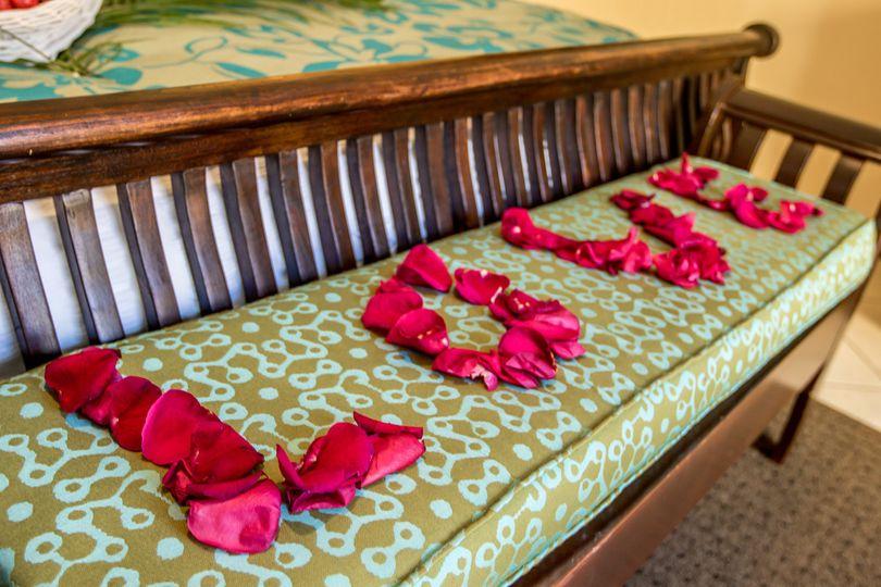 honeymoon suite bedroom decor 1