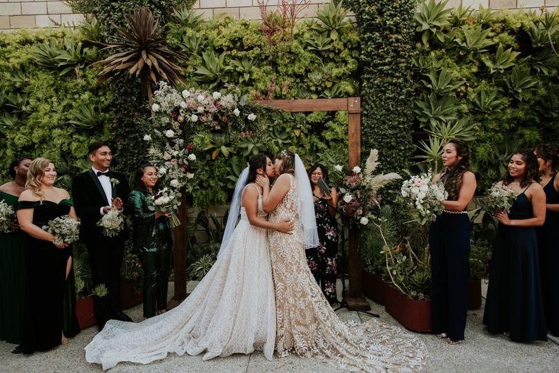 stef val wedding 528 51 1020419 1573155199
