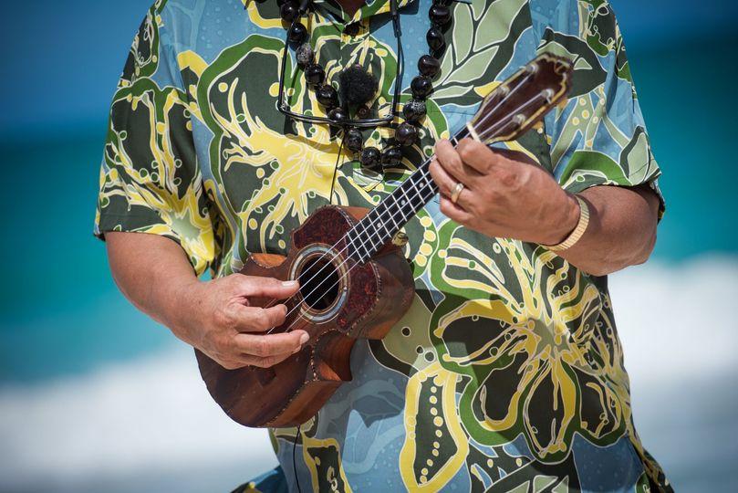 Hawaiian music with ukulele