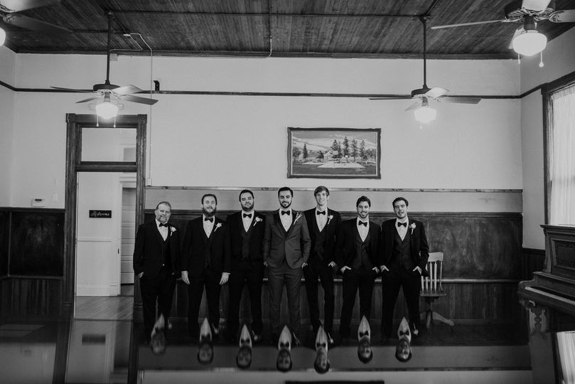 Groom and his groomsmen | Photo by Oak and Iron Photo