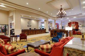 Grand Hotel in Salem