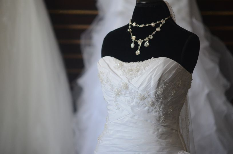 Orlando Bridal Warehouse - Dress & Attire - orlando, FL - WeddingWire