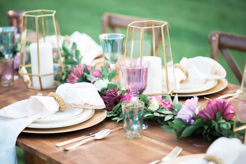 Centerpiece sample | Photo: Brittney Livingston Photography