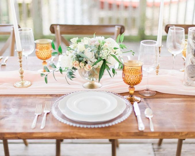 Sample table setting | Photo: Lauren Werkheiser PhotographyStyling: Charming Grace Events Flowers:...