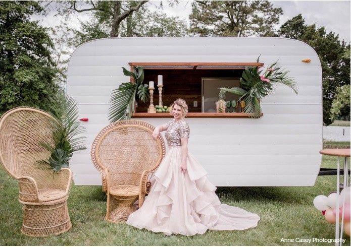 Vintage Style Camper Bar