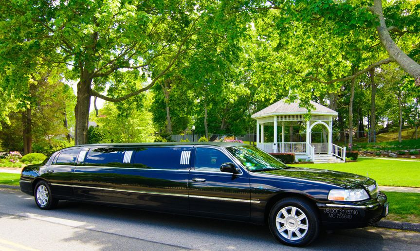 10 Passenger Stretch Limo